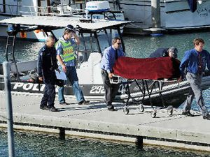 Fisherman dies as wave sinks boat
