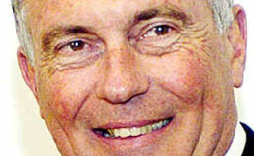 Member for Wide Bay Warren Truss.