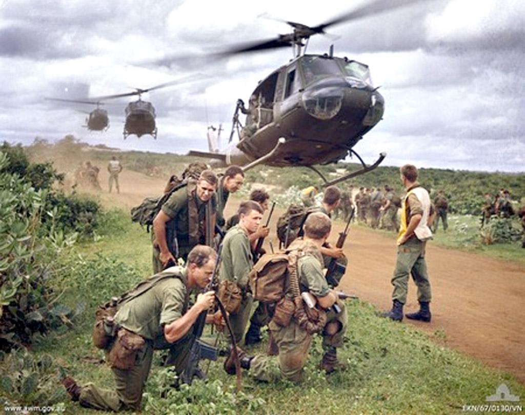 Vietnam War chopper arrives | Chronicle