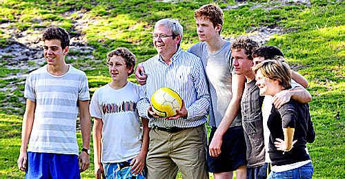 Kevin Rudd delights admirers at Sunshine Beach's Ed Webb Park.