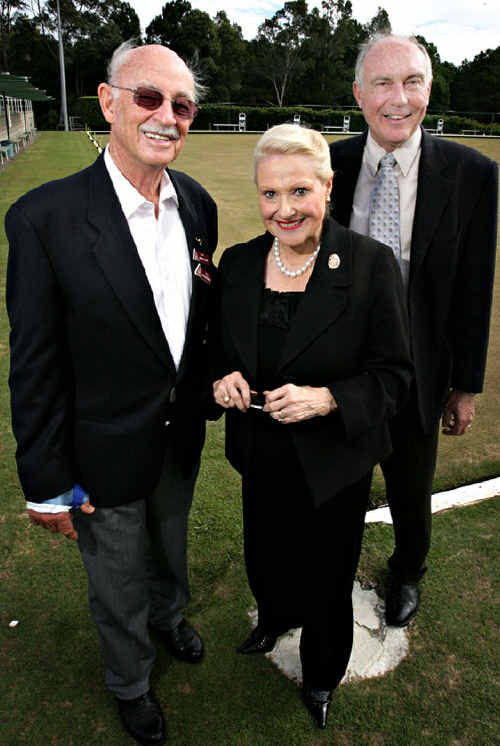 Bronwyn Bishop with John Cox, of the Noosa Heads branch of the Association of Independent Retirees, and MP Warren Truss.