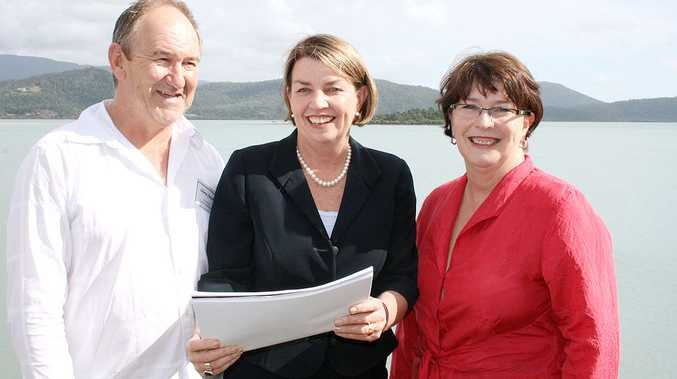 Chairman of Tourism Whitsundays, Chris Jacobs with Premier Anna Bligh and Member for Whitsunday Jan Jarratt.