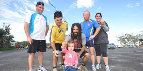 Brett Warson, Richie Williamson, Matt Hession, Phil Orchard and Kate McSwan participated in the Brooms Head Fun Run. Hession won the 10km event. The team used the event as training for the Sydney to Surf Event.