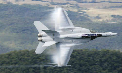 FA-18 Super Hornets from the Amberley RAAF Base will be carrying out simulated bombing andstrafing runs at the Evans Head weapons range over the next couple of days.
