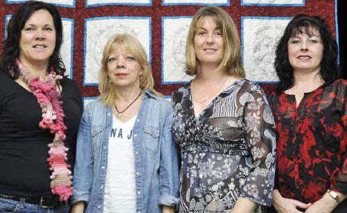 Helen Olsen, Karen Wouters, Lisa Lowe, Cassandra Fleming are fundraising for Rosella Park School.