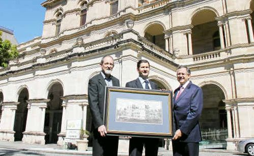 (From left) Warwick linocut artist David Woodford, Member for Southern Downs Lawrence Springborg MP and Speaker John Mickel MP outside Parliament House.