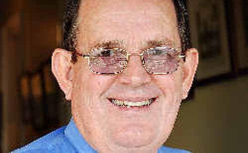 Cr Ian Petersen