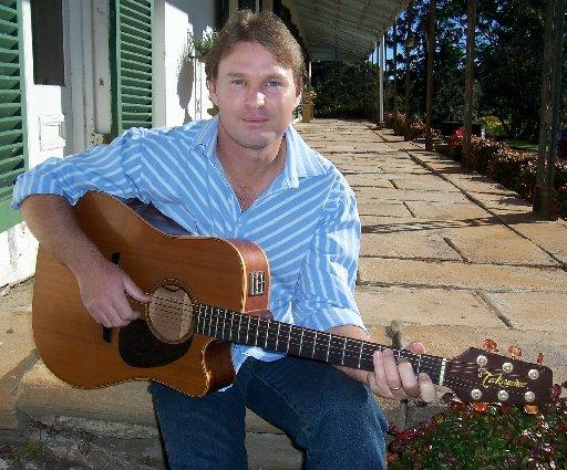 Singer-songwriter Steve Graham.