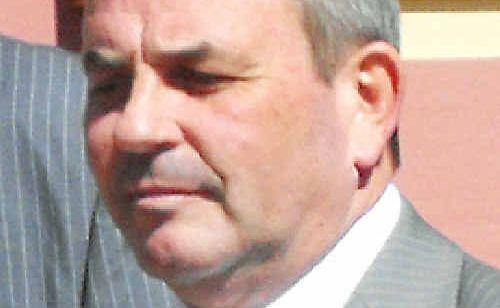 Wayne Duckworth.