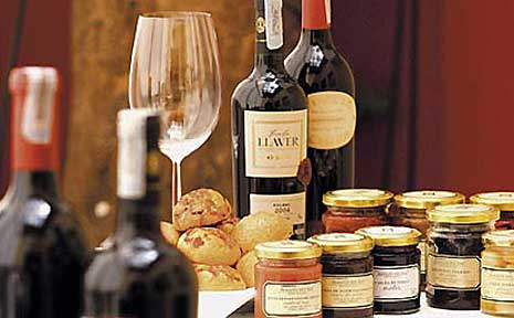 Almacen Del Sur make a whole range of preserves which are exported all over the world.