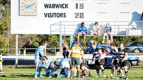 A ruck close to the Warwick line in the Water Rats 20-19 loss to Roma.