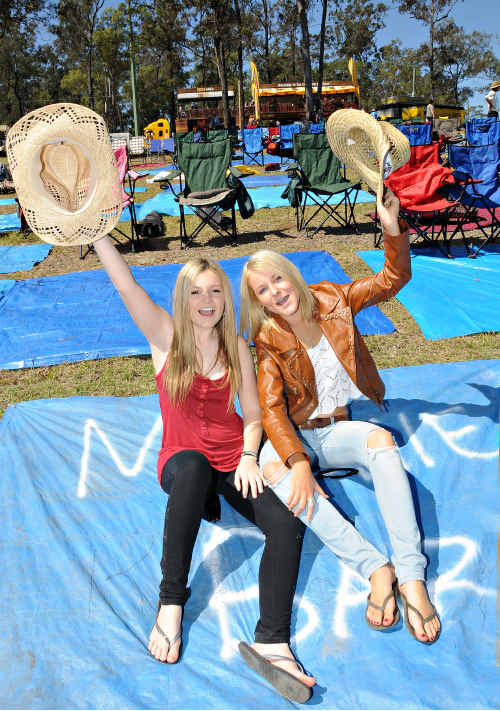 Abby Watson and Kolora Brew grabbed their spot on the famous Muster Hill yesterday afternoon waiting for Main Stage to kick off last night.