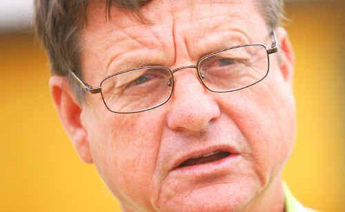 Minister for Public Works Robert Schwarten.