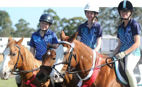 Riverside College riders Jessica Brady on Niles, Jorjalee Sharpe on Nova and Nicole Cooper on Cheeky all helped take out the Overall Highest Point Score.