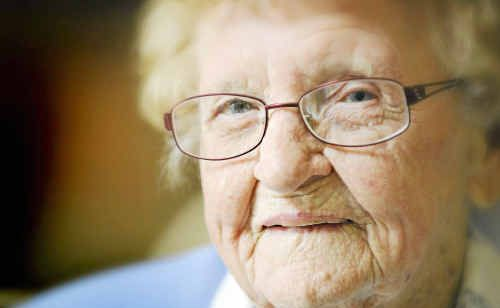 Happy birthday Dot: Grafton woman Dot Edmonds celebrated her 102nd birthday yesterday surrounded by family and friends.