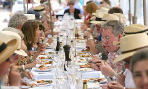 The Noosa Jazz Festival gives guests' palate a blast.