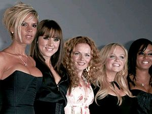 Spice Girls reunite, for 10 minutes