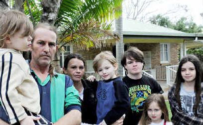 Wayne Wilson and Shanie Cahill with their children (from left) Ethan, Liam, Jai, Paige and Maddison need assitance in finding suitable accomodation for their family which includes three other foster kids.