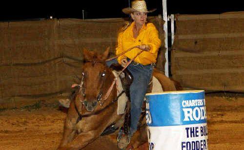 Suzie Fearon barrel racing.