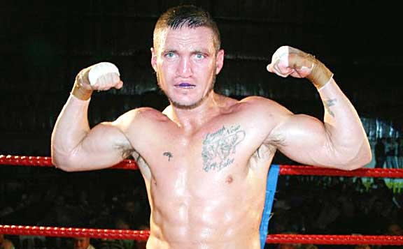 William Hadlow will star in the Queensland Queensland Super Middleweight Title fight on Saturday night.