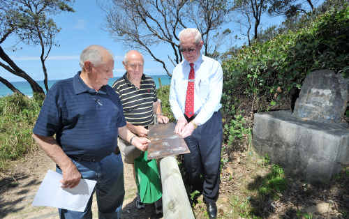 Keith Logue and Neil Chittick have arranged for a new plaque to be fitted to Lloyd Meyers' beachside memorial.