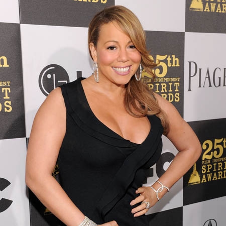 Mariah Carey is expecting twins - a boy and a girl.