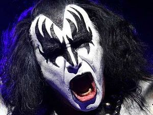 Gene Simmons to marry after 28yrs