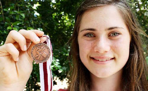 Francis Calleja ran a personal best to grab bronze in the Queensland Secondary Schools Track and Field Championships.