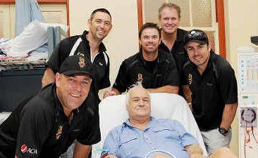 Gavin Wilson (middle) was happy to meet past Australian cricket players Darren Lehmann, Ben Johnson, Greg Blewett, Tom Moody and Ryan Campbell.