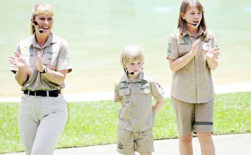 Terri, Robert and Bindi Irwin.