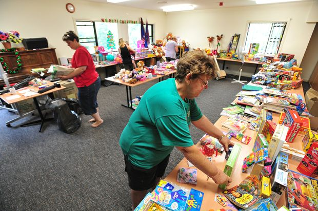 Di Walters and her army of volunteers are helping put smiles on the faces of needy families this Christmas.