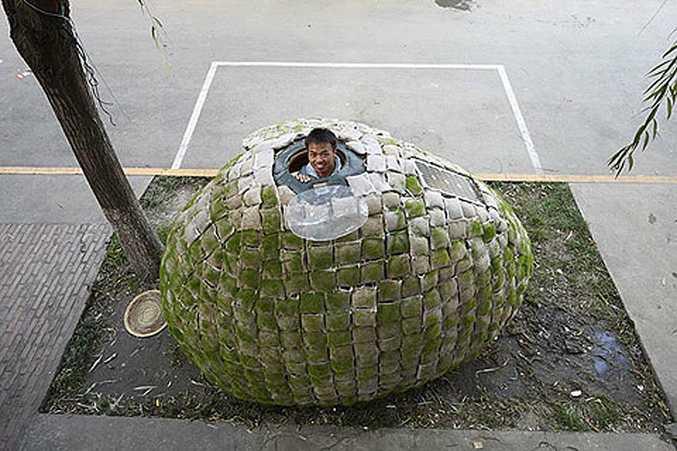 Dai Haifei in his 'egg house' in Beijing.