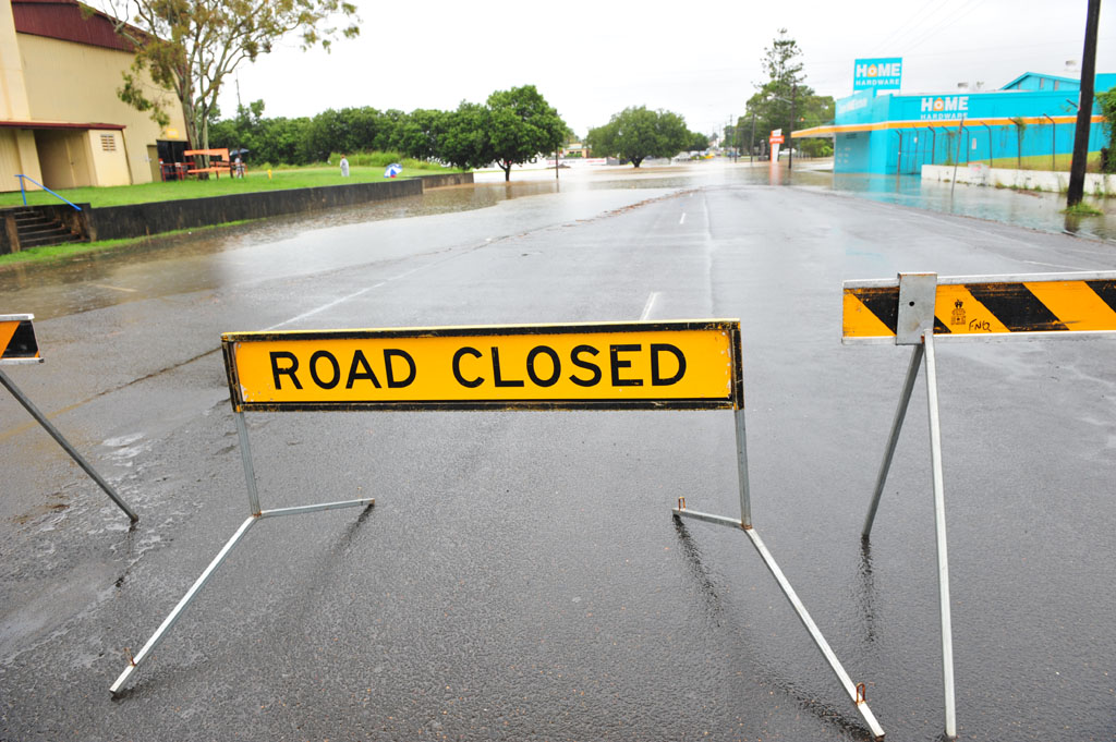 Targo Street was closed to traffic due to extensive flooding.