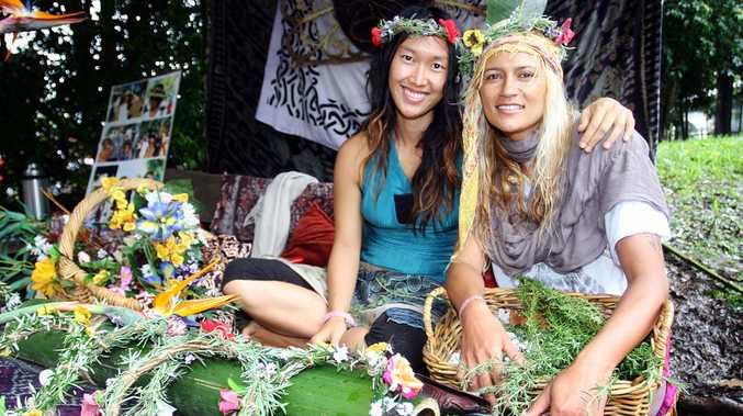 Yasmin and Shelley make flower headbands