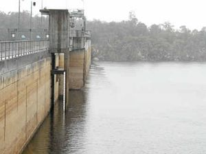 Fishermen rescued from dam after four harrowing hours