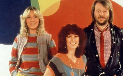 Former radio announcer and ABBA fan Kim Stokes would like to see the Swedish super group reunite.