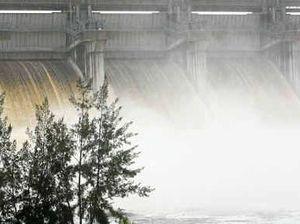 Leslie Dam operator, SunWater's chairman resigns