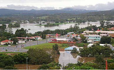The swollen Mary River at Gympie as seen from Calton Hill.