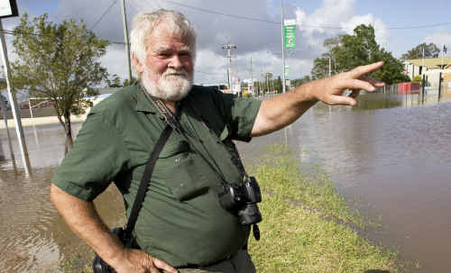Jim Fischer compares the flood levels of 1974 with those of this year.