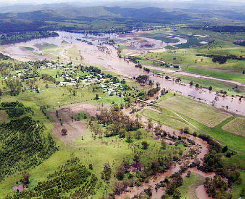 An aerial photograph of the flooded Clarence River at Tabulam.