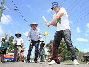 Shunned Watson has plenty to offer struggling Australia