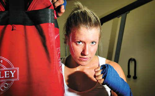 Australian amateur welterweight champ Marlin Morgan will have her first professional fight in Gold Coast on February 4.