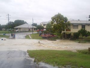 New flood warning for Fernvale