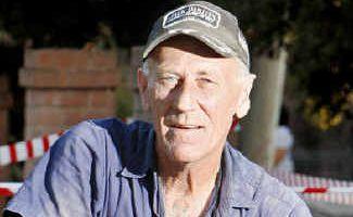 Goodna plumber Peter Blackhall is volunteering his plumbing services.