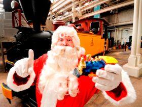 Santa workshops lighten mum's load