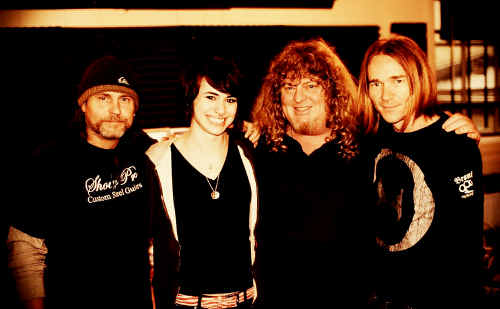 Mike Flanders, Siobhan Magnus, Rob Mackay and Jason Milhouse are currently working on Siobhan's first solo album. Siobhan came sixth in season nine of American Idol.