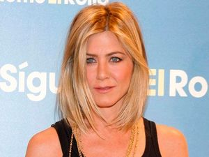 Jennifer Aniston feels 'pressured' to have children