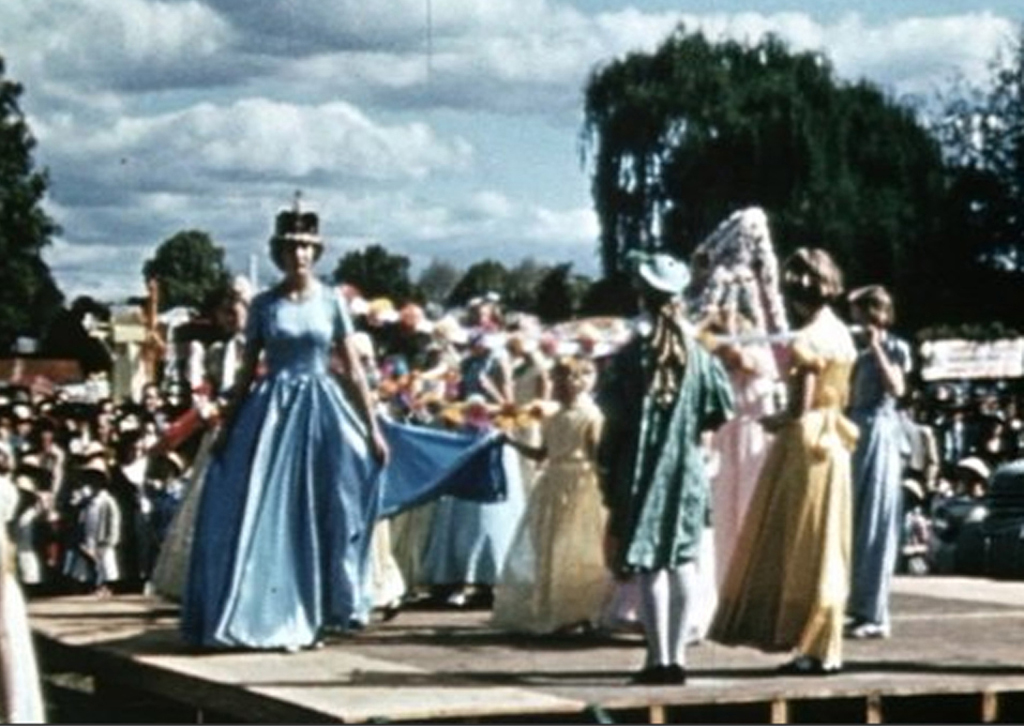 A film from 1953 shows the coronation of the Carnival of Flowers queen.