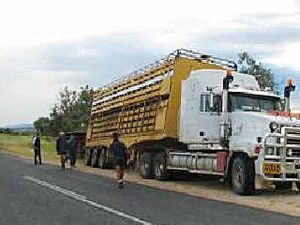 Meeting of minds on road trains through Rockhampton streets
