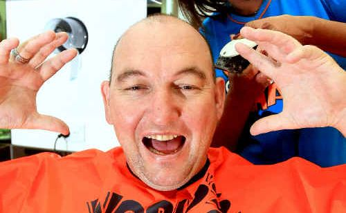Nigel Levitt and Sharron Couper prepare for Shave for a Cure.